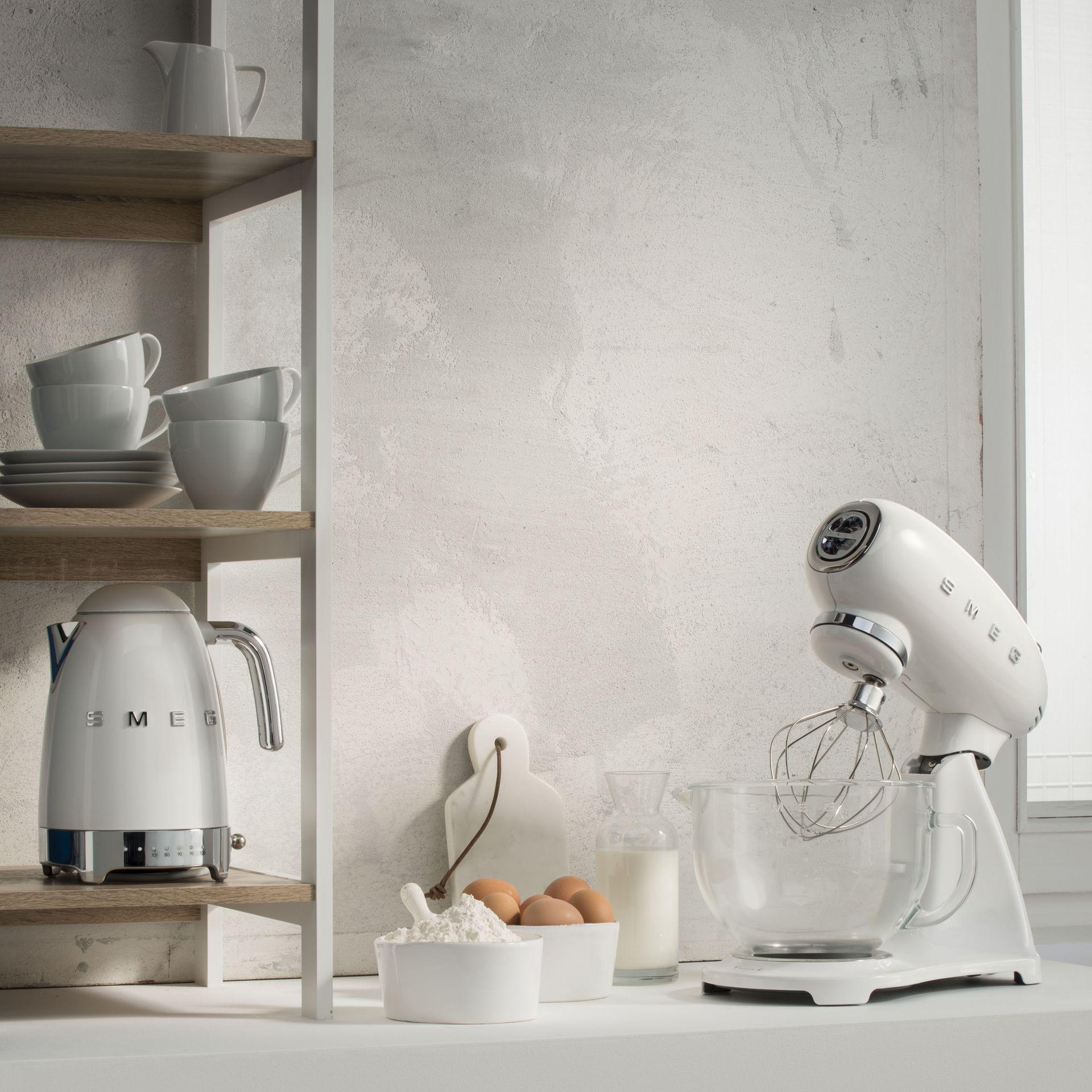 Smeg SMF03BLEU Küchenmaschine Weiß vollfarbig