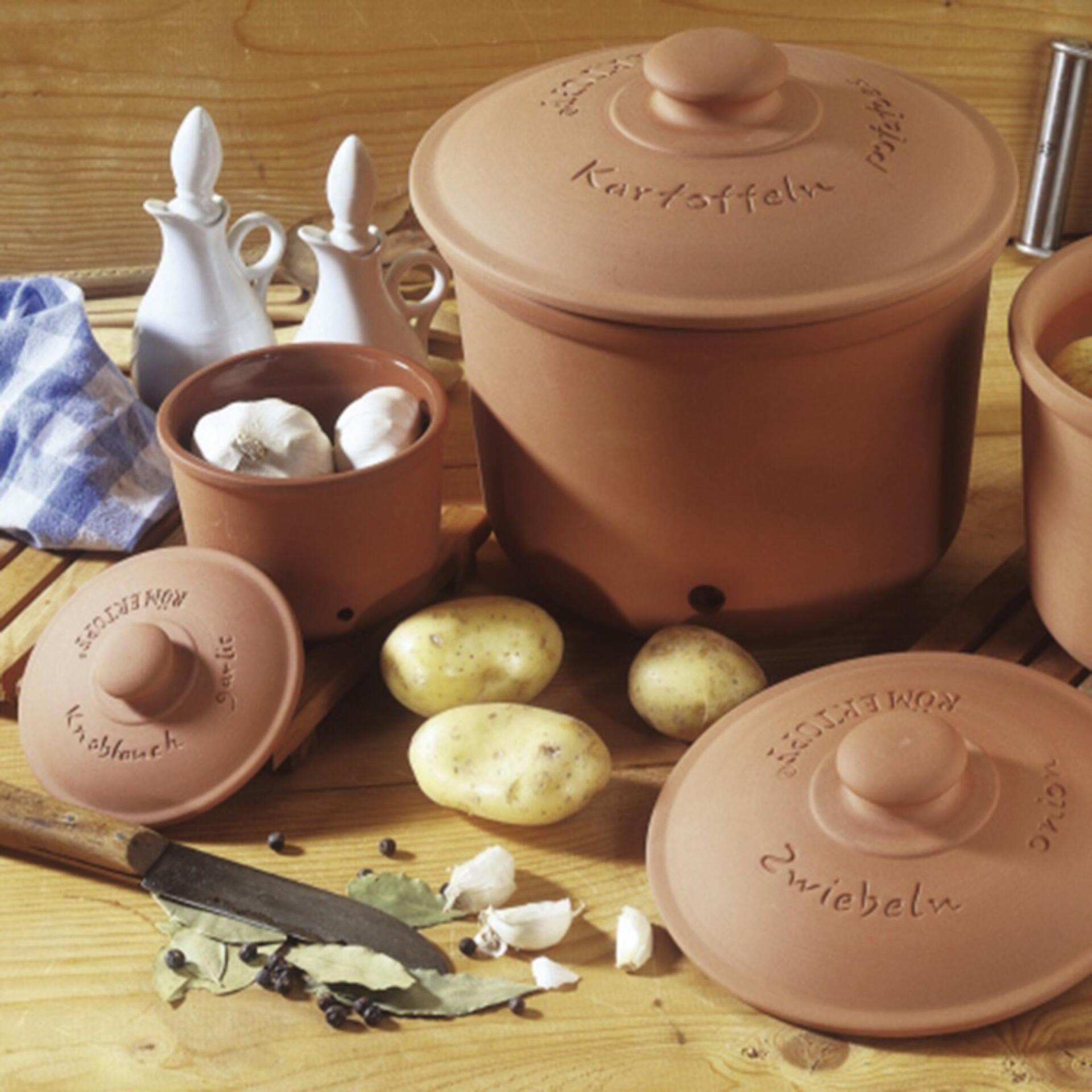 Römertopf Vorratstopf für Zwiebeln