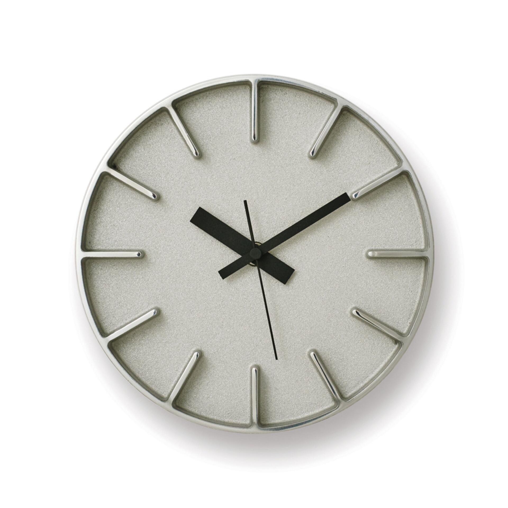 Lemnos Edge Clock Designuhr Klein Aluminium