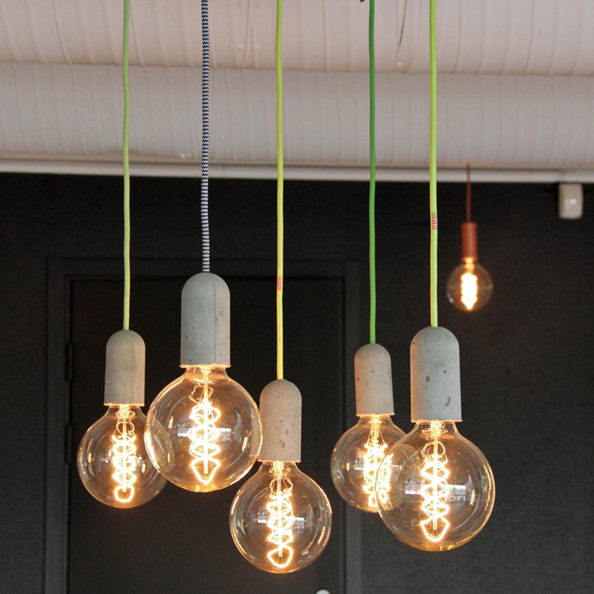Nud Lampenfassung Beton Grün